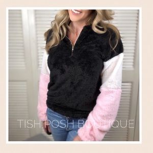 Tops - Ariel Soft n Chic Color Block Pullover